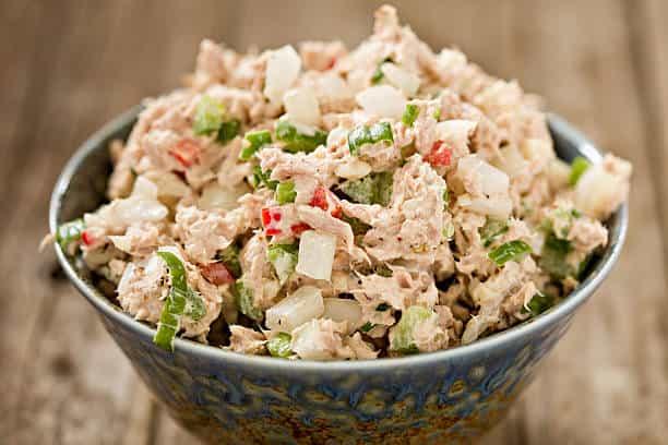 Tuna-Cado salad